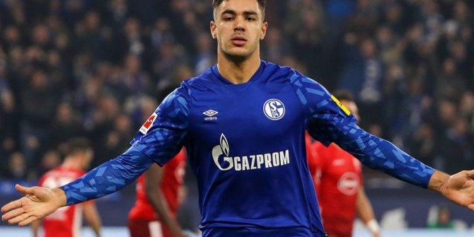 Ozan Kabak'ın adı Liverpool ile anılıyor