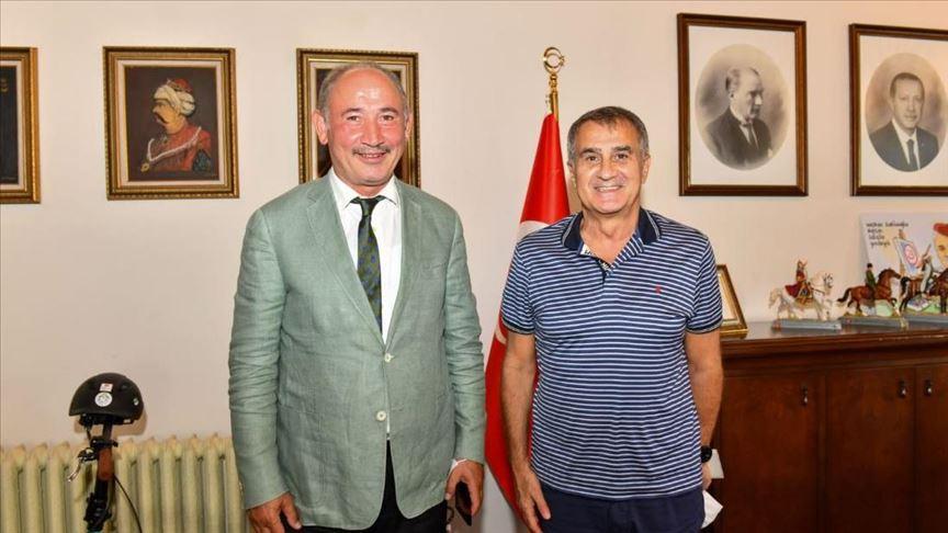 Şenol Güneş'ten Trabzon Büyükşehir Belediyesine ziyaret