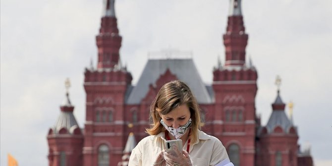 Rusya'da Kovid-19 vaka sayısı 1 milyon 80 bine yaklaştı