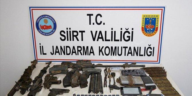 Siirt'te etkisiz hale getirilen teröristlere ait silah ve mühimmat ele geçirildi