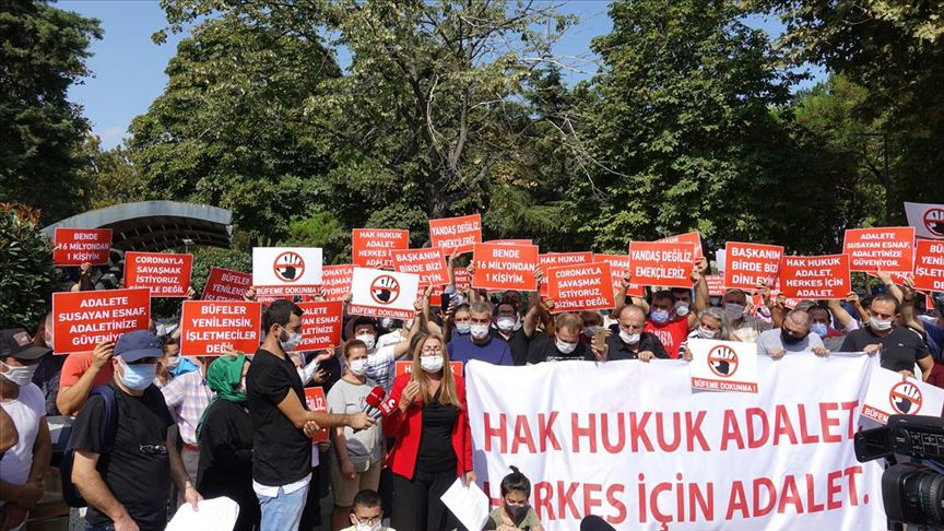 Büfecilerden İBB önünde yüksek zam protestosu