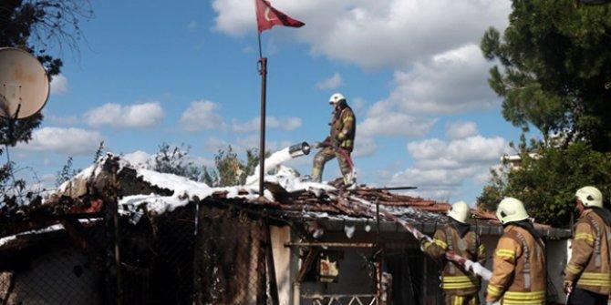 Ümraniye'de bir evde yangın çıktı