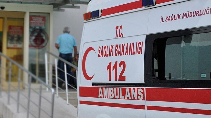 Antalya'da bariyerlere çarpan motosikletteki polis şehit oldu