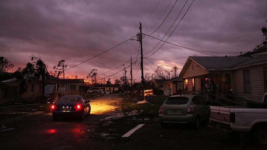 Tropikal fırtına Beta, Teksas'ı etkisi altına aldı