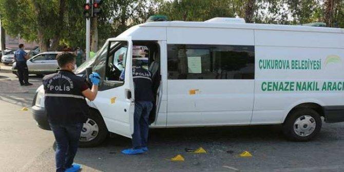 Cenaze aracı sürücüsüne silahlı saldırı