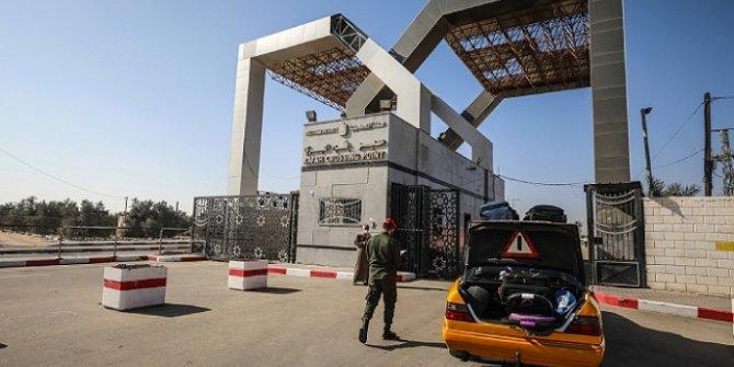 Gazze ile Mısır arasındaki Refah Sınır Kapısı 3 günlüğüne açıldı