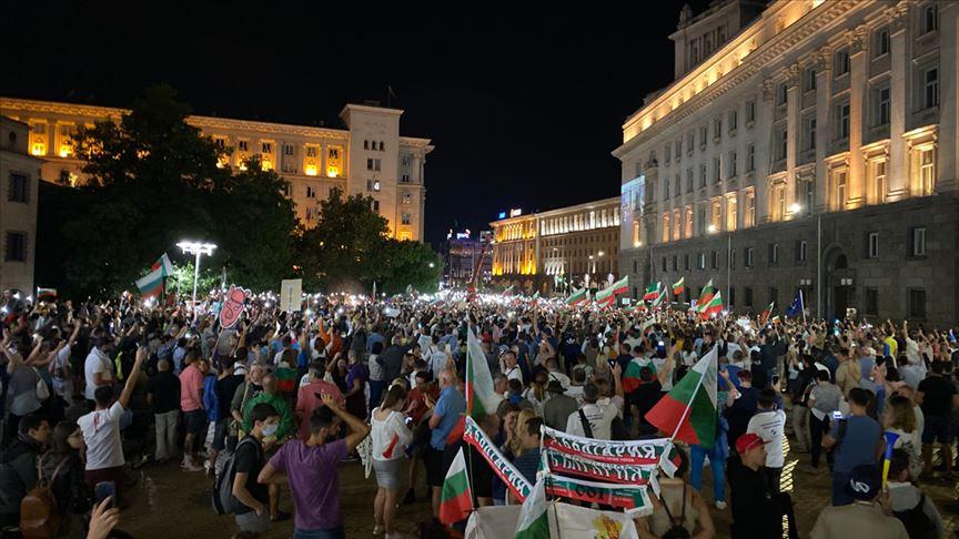 Bulgaristan'daki kriz sürerken hükümet karşıtı protestolar da ivme kazanıyor