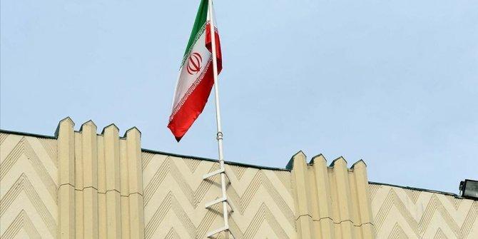 İran Ermenistan'a silah taşıdığı iddialarını reddetti