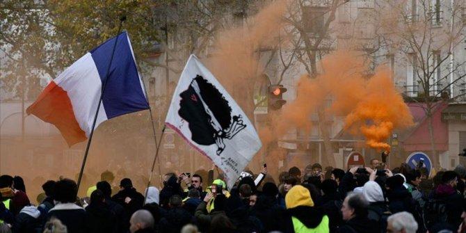 Uluslararası Af Örgütü: Fransa barışçıl protestoculara baskı uyguladı