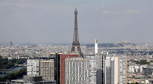Paris'te korkutan patlama! Polis nedenini açıkladı