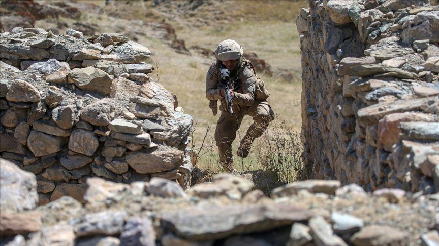 Fırat Kalkanı bölgesinde YPG/PKK üyesi bir kişi yakalandı
