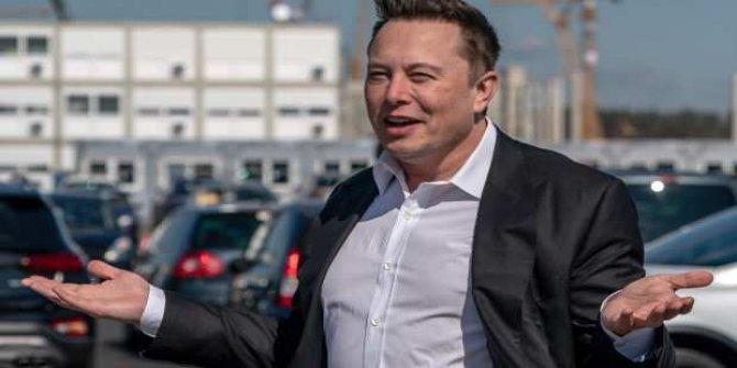 Elon Musk koronavirüs aşısı olmayacak