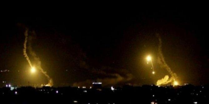 Çok şiddetli patlama: ABD askeri üssüne füzeli saldırı!