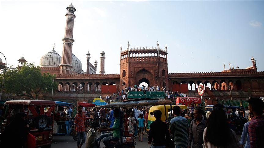 Hindistan'da son 24 saatte Kovid-19'dan 587 kişi öldü