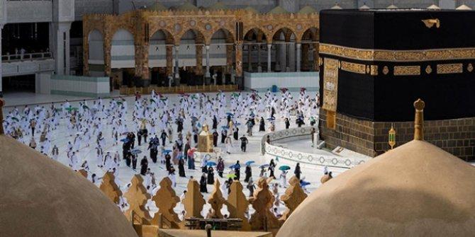 Suudi Arabistan'da umre ziyaretleri başladı