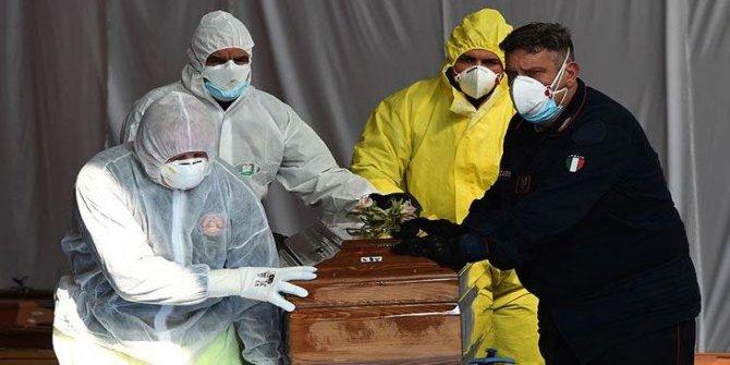 İtalya'da ölenlerin sayısı 36 bini geçti