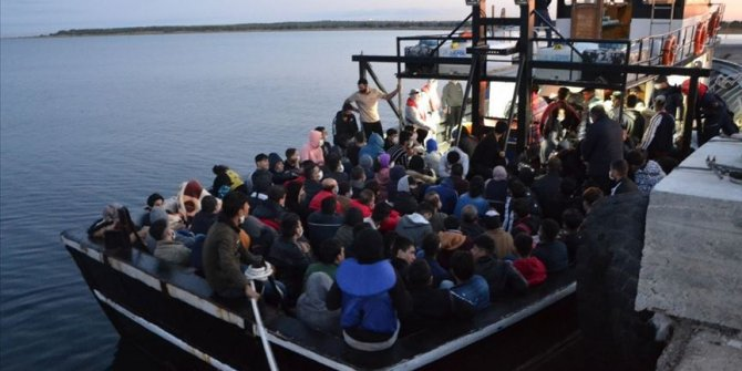Çanakkale açıklarında 144 sığınmacı yakalandı