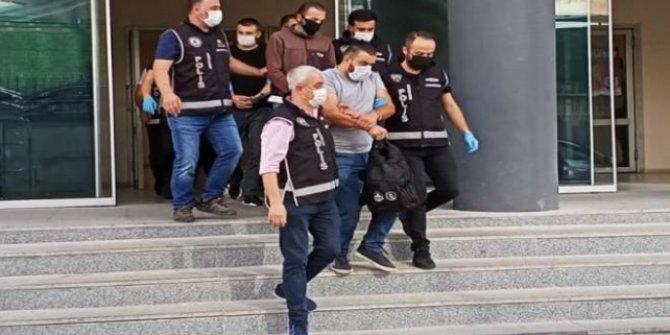 Bursa'da suç örgütü operasyonunda 1'i polis 3 şüpheli tutuklandı