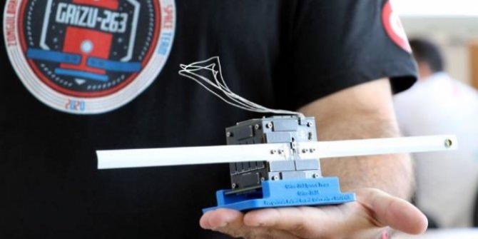 Türkiye'nin ilk cep uydusu uzay yolculuğu için gün sayıyor