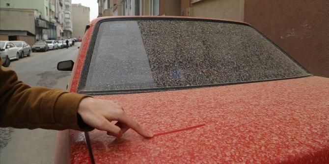 Çöl tozu Türkiye'nin batı kesimlerinde çamurlu yağmura yol açabilir