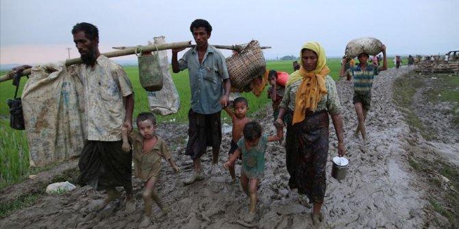 HRW'den, Arakanlı Müslümanların zorla tutulduğu kamplara ilişkin dikkati çeken rapor