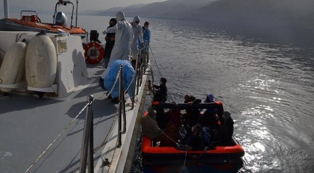 Aydın'da Türk karasularına itilen 13 sığınmacı kurtarıldı