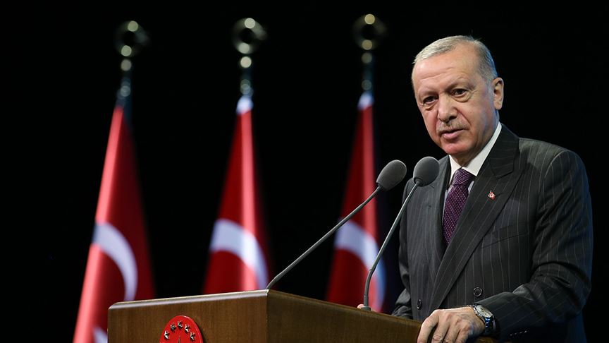Cumhurbaşkanı Erdoğan'dan 'eğilmedik, eğilmeyiz' paylaşımı