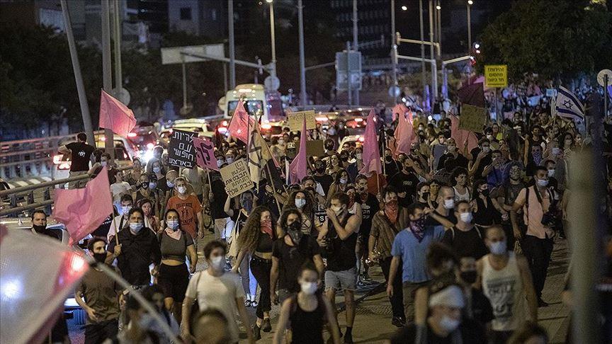 İsrail'deki Netanyahu karşıtı gösteriler kısıtlamalara rağmen sürüyor