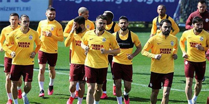 Galatasaray'dan futbolcu maaşlarıyla ilgili açıklama