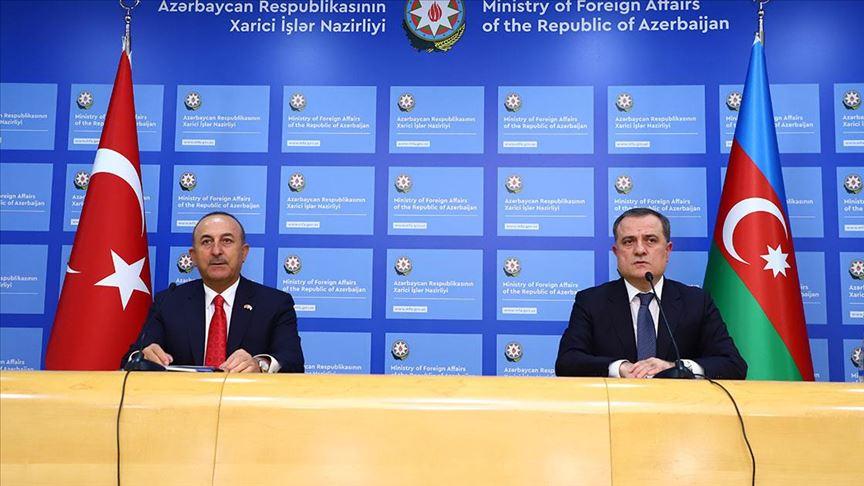 Dışişleri Bakanı Çavuşoğlu, Bayramov'la Ermenistan'ın ateşkes ihlallerini görüştü
