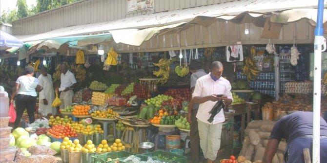 Nijerya, Kovid-19 nedeniyle ekonomik krizin artmasından endişeli