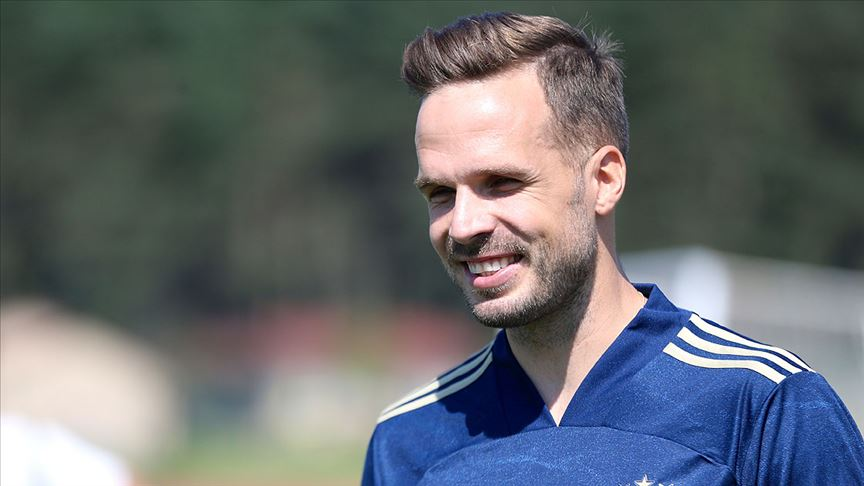 Fenerbahçeli Novak: Koronavirüs testim negatif
