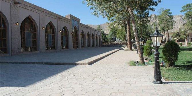 TİKA, Afganistan'daki tarihi Ali Şir Nevai Camii'ni yeniledi