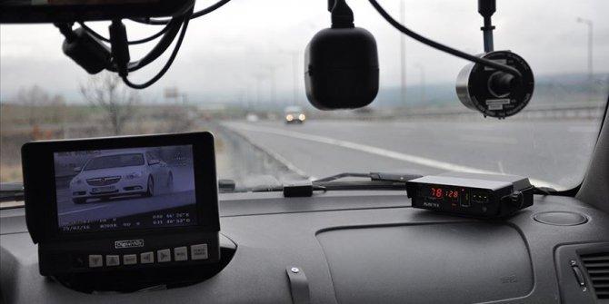 Radarla hız denetiminde 46 bini aşkın sürücüye ceza yazıldı