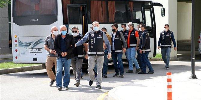 Manisa'da FETÖ operasyonunda 16 eski polis gözaltına alındı