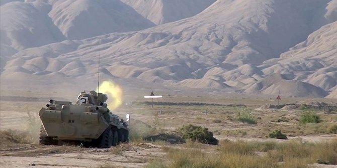 Azerbaycan ordusu Fuzuli kentini işgalden kurtardı