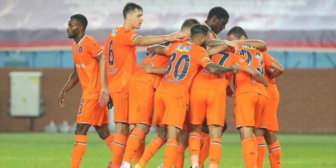 Trabzonspor: 0 - Medipol Başakşehir: 1 (İlk yarı)