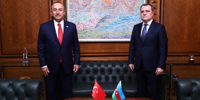 Dışişleri Bakanı Mevlüt Çavuşoğlu Azerbaycanlı mevkidaşı Bayramov ile görüştü