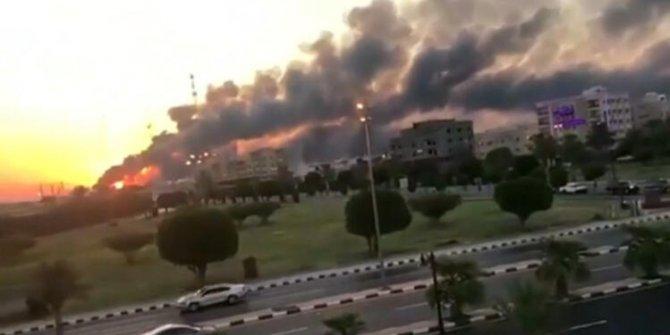 Husiler Suudi Arabistan'a saldırdı
