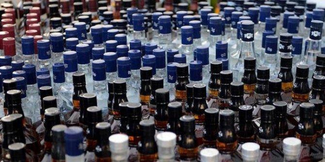 İzmir'de metil alkol zehirlenmesi şüphesiyle tedavi gören kişi öldü