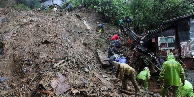 Filipinler'de Molave Tayfunu nedeniyle binlerce kişi yerinden oldu