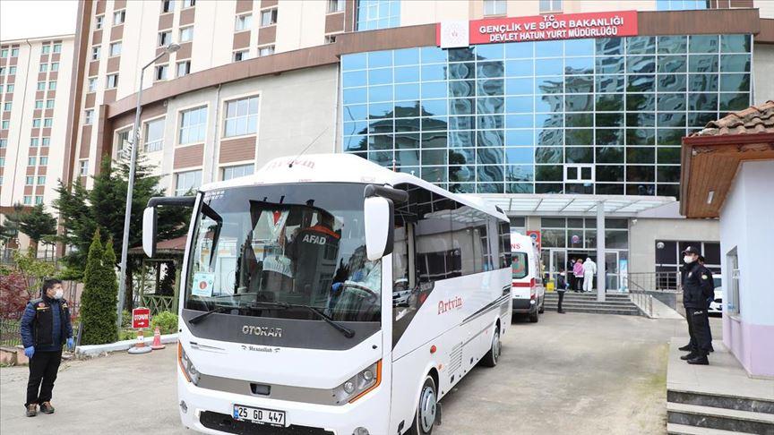 Rize'de karantina kuralını ihlal eden 118 kişi yurda yerleştirildi