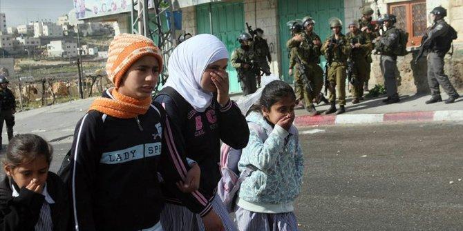 İsrail mahkemesi 13 yaşındaki Filistinli çocuğa 3 yıl hapis cezası verdi