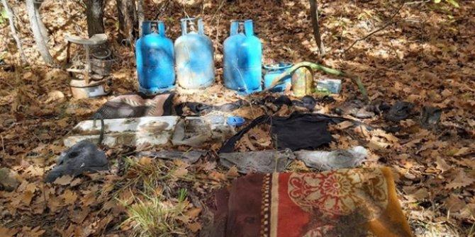 Muş'ta teröristlerce kullanılan 2 sığınak ele geçirildi