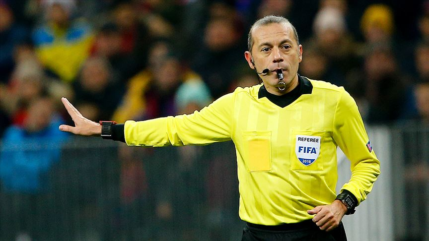 Cüneyt Çakır, UEFA Şampiyonlar Ligi'ndeki 50. maçını yarın yönetecek