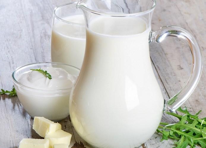 Van'da okullara süt dağıtıldı