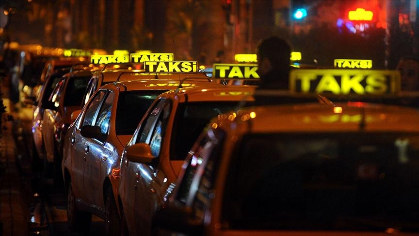 İBB'nin 6 bin yeni taksi teklifi UKOME'de reddedildi
