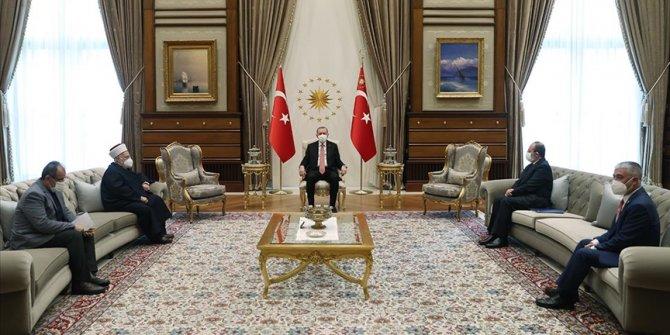 Cumhurbaşkanı Erdoğan, Mescid-i Aksa İmam Hatibi Şeyh Sabri'yi kabul etti