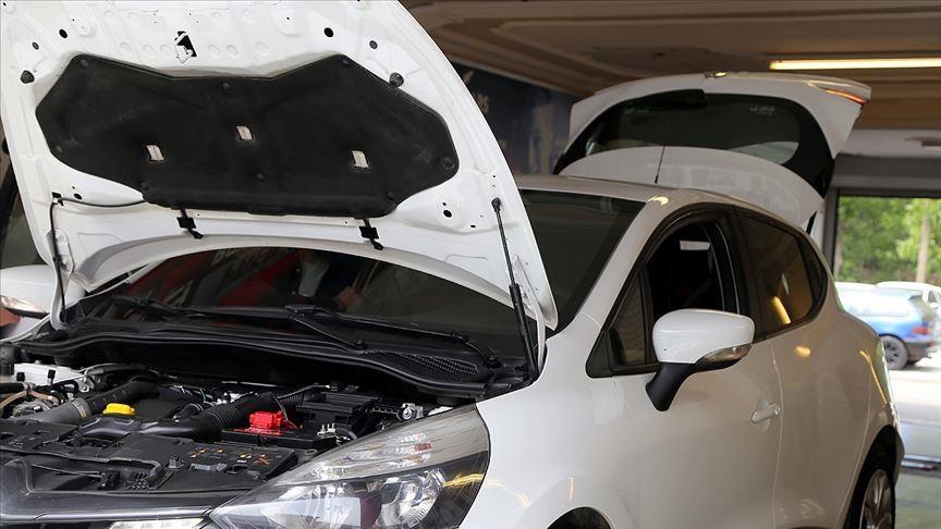 Araçtaki dolu hasarını tespit etmeyen ekspertize 'onarım' ve 'değer kaybı' cezası