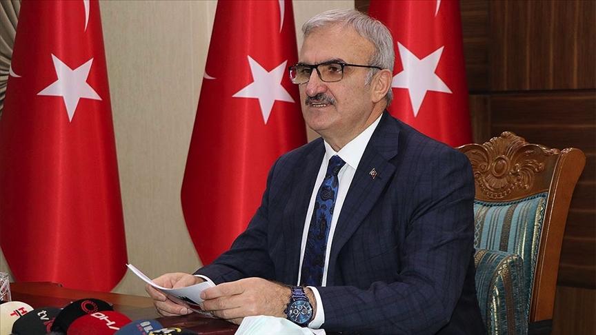 Diyarbakır Valisi Münir Karaloğlu'nun Kovid-19 testi pozitif çıktı